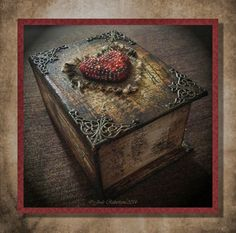 #cre8time for magic! Jools Robertson: #Stampendous and #DecoArt Blog Hop Day 3