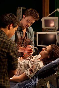 Breaking Dawn Part 1 Twilight Bella And Edward, Twilight Jacob, Twilight Saga Series, Twilight Cast, Edward Bella, Twilight Movie, Twilight Quotes, Kristen Stewart, Edward Cullen
