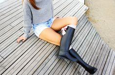 GUMMIE wellies <3 With sweet bows! OOTD www.gummiestore.com Knee Boots, Ootd, Sweet, Fashion, Candy, Moda, Fashion Styles, Knee Boot, Fashion Illustrations