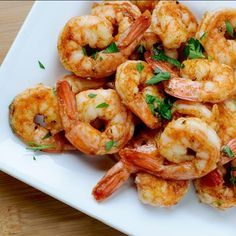 Spicy Grilled Shrimp Recipe and Video - So fast and easy to prepare, these shrimp are bound to be the hit of the barbeque. And, weather not permitting, they work great under the broiler, too. Spicy Grilled Shrimp, Grilled Shrimp Recipes, Seafood Recipes, Garlic Shrimp, Baked Shrimp, Cajun Shrimp, Spicy Recipes, Healthy Grilling Recipes, Cooking Recipes