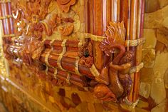Detail: The Amber Room - THE CATHERINE PALACE. St Petersburg. Russia.