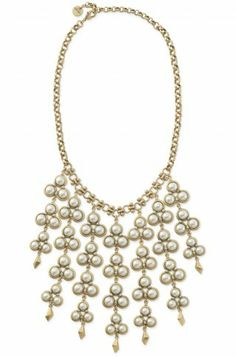 Stella & Dot Daliah Bib Necklace Pearls with a modern yet elegant twist.