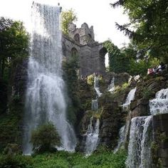 """Speaking of middle earth. How about a visit to the water games in the Bergpark Kassel Wilhelmshöhe? It looks like the movie """"Lord of the Rings"""". - Speaking of middle earth. How about a visit to the water games in the Bergpark Kassel Wilhelmshöhe - Voyage Dubai, Mountain Park, Vacation Places, Culture Travel, Middle Earth, Germany Travel, Beach Trip, Beach Travel, Road Trip"""