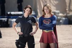 Still of Chyler Leigh and Melissa Benoist in Supergirl (2015)