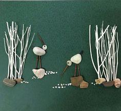Pebble art birds by gülen Más Stone Crafts, Rock Crafts, Arts And Crafts, Pebble Pictures, Stone Pictures, Caillou Roche, Art Pierre, Art Diy, Rock And Pebbles