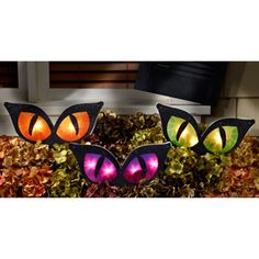 Staked Lighted Cat Eyes, 3-Pack