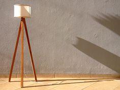 Como fazer uma Luminária de Piso Tripé