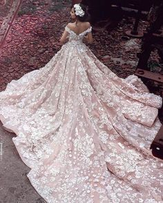 Cheap wedding dresses royal, Buy Quality gowns bridal directly from China luxury lace wedding dresses Suppliers: Champagne Flowers Luxury Lace Wedding Dresses Royal Trian 2017 Robe De Mariage Off Shoulder Ball Gowns Bridal Vestidos Bridal Dresses, Wedding Gowns, Lace Wedding, Modest Wedding, Wedding Venues, Bridesmaid Dresses, Wedding Bride, Gypsy Wedding, Pink Wedding Dresses