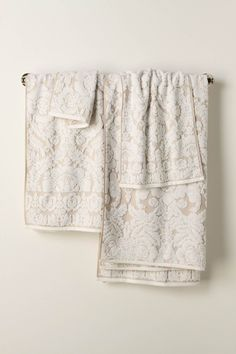 Perpetual Blooms Towels from Anthro. Two bath towels, two hand towels, and washcloths.