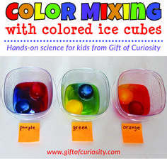Color mixing activity using colored ice cubes to show children how the three primary colors mix to make the three secondary colors. Preschool Color Activities, Preschool Prep, Pre K Activities, Preschool Science, Preschool Lessons, Preschool Classroom, Science For Kids, Nursery Class Activities, Science For Preschoolers