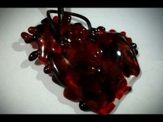 Yoyolo  Dije de corazón con cuero natural y plata .925 mexicana   www.gloriaprudente.com.mx