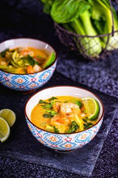 Zupa tajska z krewetkami Thai Recipes, Asian Recipes, Soup Recipes, Special Recipes, Thai Red Curry, Seafood, Food And Drink, Dinner, Cooking
