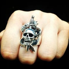 The Great Frog Skull Ring