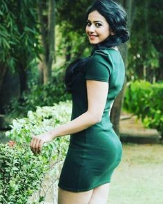 Great Fitness Ideas That Get You Into Shape Bollywood Actress Hot Photos, Indian Bollywood Actress, Indian Actress Hot Pics, Beautiful Bollywood Actress, Indian Actresses, Beautiful Girl Indian, Most Beautiful Indian Actress, Beautiful Girl Image, Beautiful Saree