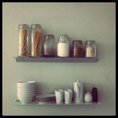 Kitchen Shelving {Instagram} @sharleneyaqui