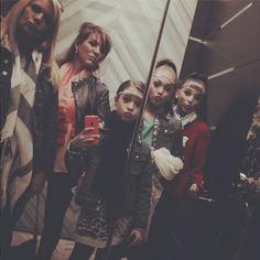 Maddie Ziegler, Mackenzie Ziegler, Melissa Ziegler, Kendall Vertes and Jill Vertes Australia Tour