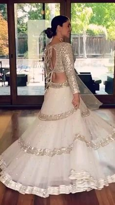 Party Wear Indian Dresses, Party Wear Lehenga, Designer Party Wear Dresses, Indian Gowns Dresses, Indian Bridal Outfits, Indian Bridal Fashion, Indian Fashion Dresses, Indian Designer Outfits, Wedding Dresses For Girls