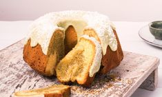 Kokos-Matcha-Marmorkuchen