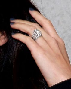 Celebrity Engagement Ring Photos 16