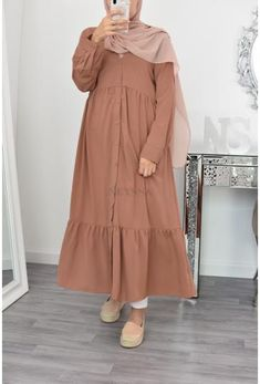Modern Hijab Fashion, Hijab Fashion Inspiration, Muslim Fashion, Women's Fashion Dresses, Skirt Fashion, Mode Turban, Kids Dress Wear, Mode Hijab, Mode Style