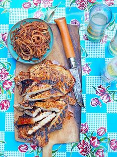 Achiote recado pork with chilli-fried onion rings. These spice-rubbed pork chops are loaded with Mexican flavours Best Bbq Recipes, Barbecue Recipes, Pork Recipes, Mexican Food Recipes, Mexican Dishes, Fish Recipes, Barbacoa, Pork Roast, Pork Chops