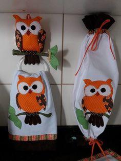 Owl Sewing Patterns, Felt Animal Patterns, Stuffed Animal Patterns, Kit Patchwork, Owl Mosaic, Dish Towel Crafts, Christmas Owls, Christmas Crafts, Owl Fabric