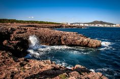 Panoramic Image Tips for Capturing and Post-Processing Ramen, Foodie Travel, Beach Trip, Photos, Place, Forests, Outdoor, Vacation, Natural