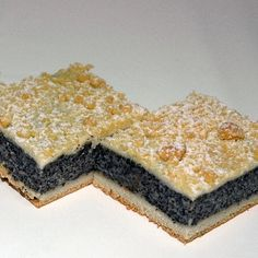 Mohnstreuselkuchen Recipe for poppy seed crumble cake Food Cakes, Cupcake Cakes, Cupcakes, Sweet Recipes, Cake Recipes, Dessert Recipes, German Baking, German Cake, Sweet Cakes
