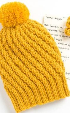 cut free hat pattern needs translation Loom Knitting, Hand Knitting, Knitting Patterns, Crochet Patterns, Knitted Hats, Crochet Hats, Beanie Pattern, Half Double Crochet, Crochet Accessories