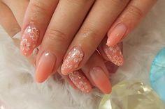 Коралловые ногти: фотогалерея оранжевого маникюра