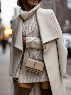 MUST HAVE CASUAL WINTER OUTFITS THAT LOOK EXPENSIVE – the best cold weather casual winter outfits for women that still look good! If you're looking for women's coats, winter style inspiration, casual winter fashion and winter ootd looks, take inspirati Casual Winter Outfits, Winter Fashion Casual, Fall Outfits, Autumn Fashion, Dress Casual, Casual Chic, Summer Outfits, Outfits 2016, Evening Outfits