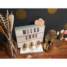 Finally sorted out my light box and of course gave it a Fabulous Milka update!! Sorry @typoshop but the black sides didn't work with my wall colour!! Xx ✨arrows: @fletcherandfox #art#lightbox#typo#arrows#diy#decor#design#edesign#fun#girlsroom#boysroom#homewares#interiordesign#interiors#kids#milkainteriors#milkalove#play#style#vintage x