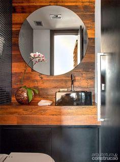 madeira de demolição no lavabo