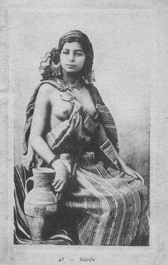 Africa | Kabyle, Algeria | Scanned old postcard.
