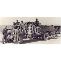 FOTOGRAFIAS DEL GENERAL WALTER (KAROL SWIERCZEWSKI): Descarga y compra fotografías históricas en | abcfoto.abc.es FOTOGRAFIAS DEL GENERAL WALTER (KAROL SWIERCZEWSKI)  Fecha: 1938  Ref.: 6599916  Palabras clave: Aragón, Combatientes, Camiones, Brigadas Internacionales