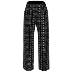 Artemis Clothing Lucy Pajamas made with Spoonflower designs on Sprout Patterns.  When paired with the matching Sointu Kimono these Lucy Pajamas are a comfortable and stylish go anywhere exercise outfit for the person who prefers not to wear leggings in public.