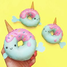 The world needs donuts! Take a look at these delicious and cute doughnuts! - Page 2 of 55 - slleee Cute Donuts, Mini Donuts, Doughnut, Fancy Donuts, Unicorn Birthday Parties, Unicorn Party, Unicorn Donut, Birthday Ideas, Unicorn Foods