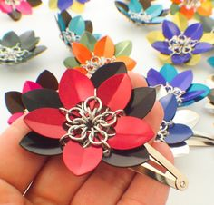 1 Deluxe #Chainmaille Flower #Barrette #Kit #DIY #scalemaille by UnkamenSupplies