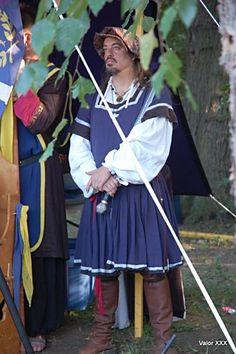 16th CENTURY LANDSKNECHT WAFFENROCK, SHIRT, & TELLERBARRET | TAILOR: Chris M. Moore
