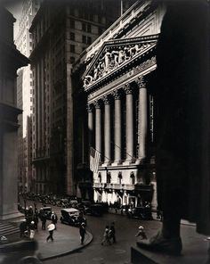 Find the latest shows, biography, and artworks for sale by Berenice Abbott. Berenice Abbott is best known for her striking, black-and-white photographs of Ne… Berenice Abbott, Eugene Atget, Man Ray, Wall Street, Perez Art Museum, Getty Museum, Skyline, Art Institute Of Chicago, Famous Artists
