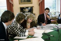 Princess Diana And Prince Charles Sitting Round The Dining Room Table At Home In Kensington Palace For A Planning Meeting To Co-ordinate Diary Arrangements For The Coming Months. The Princess Is Talking To Her Lady-in-waiting, Anne Beckwith-smith.