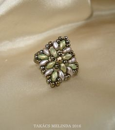 green-drab-bronze superduo beaded ring by Melinda