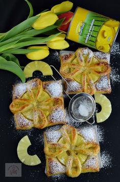 Foietaj cu ananas - CAIETUL CU RETETE Puff Pastry Recipes, Vegan, Cookies, Ethnic Recipes, Food, Pie, Phyllo Dough Recipes, Crack Crackers, Biscuits