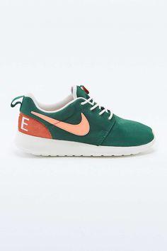 reputable site 3f83a d5b5d Nike Roshe Run Retro Green Trainers