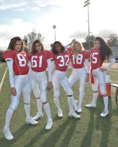Cute Group Halloween Costumes, Group Costumes, Halloween Outfits, Cool Girl Costumes, Football Halloween Costume, Halloween Costumes For Teens Girls, Angel Halloween Costumes, Zombie Costumes, Teen Costumes