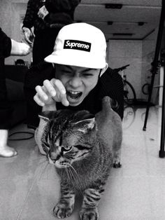 beenzino // with kitty omfg rawr (=`ω´=)
