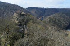 Nový Hrádek u Lukova představuje jedinečnou ukázku hradu plášťového typu. Dva oválné pláště hradeb zůstaly z větší části zachované, vnitřní zeď sahá do výšky téměř čtrnácti metrů.
