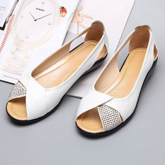 Rhinestones Peep Toe Breathable Casual Flat Shoes