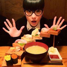 秋元梢kozue_akimoto Toy Boxes, Chocolate Fondue, Warehouse, Ethnic Recipes, Desserts, Food, Tailgate Desserts, Deserts, Essen