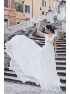 LOVELY SILK AND LACE CONSTRUCTED BODICE DRESS - Rhea Costa-Shop